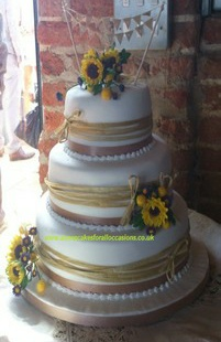 Sunflower Wedding Cake, Annes Cakes For All Occasions, Sudbury, Suffolk, Bury St Edmunds, Ipswich